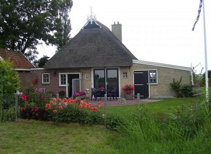 Verblijf 262501 • Bed and breakfast Het Friese platteland • casa-lutha