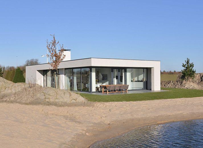 ferienhaus luxe vakantievilla aan noordzeestrand en veerse meer kamperland noord beveland zeeland. Black Bedroom Furniture Sets. Home Design Ideas