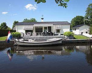 Guest house 110202 • Holiday property Langweerderwielen • River Side