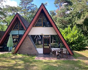 Guest house 372608 • Holiday property Midden Limburg • Bungalow 22 en 21