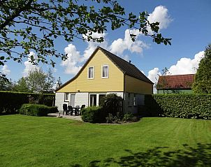 Guest house 640618 • Holiday property Zuid-Beveland • Villapark De Oesterbaai 2