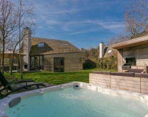 Luxe vakantiehuisje met sauna en whirlpool