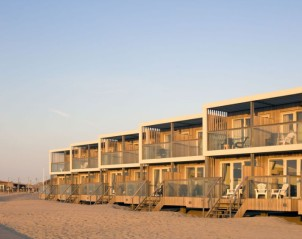 LARGO Beach Villa's Hoek van Holland
