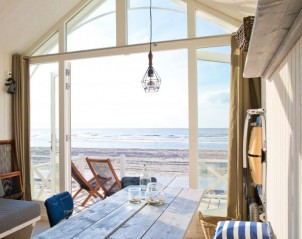 LARGO Beach Houses Den Haag